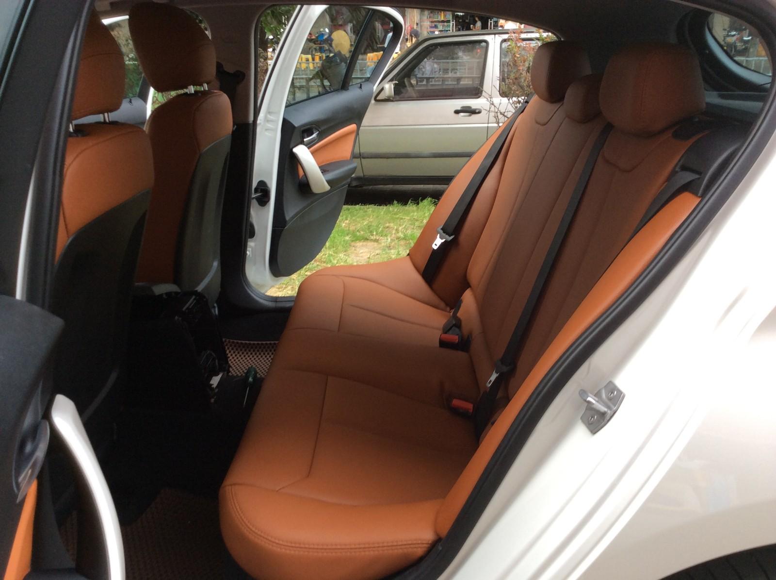 怎样清洁各种汽车内饰呢?