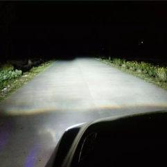 奔驰E260车灯改装_E260改装海拉5双光透镜_奔驰改装欧司朗安定器CBI氙气灯泡