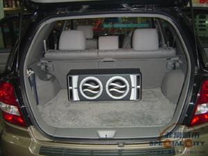 汽车尾箱效果图