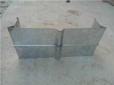 屋面变形缝13