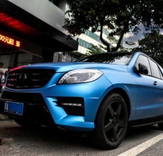 奔驰ML350电光金属蓝