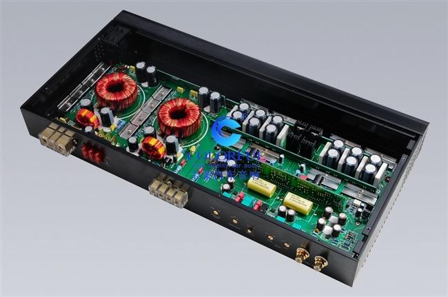 前级放大电路取消一般功放所用的双运放习惯改为每声道用两块失真度极