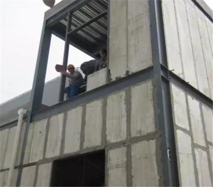 轻质隔墙施工现场