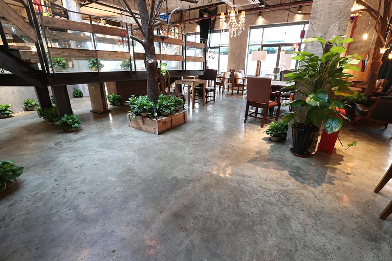 上海一咖啡店地面施工效果