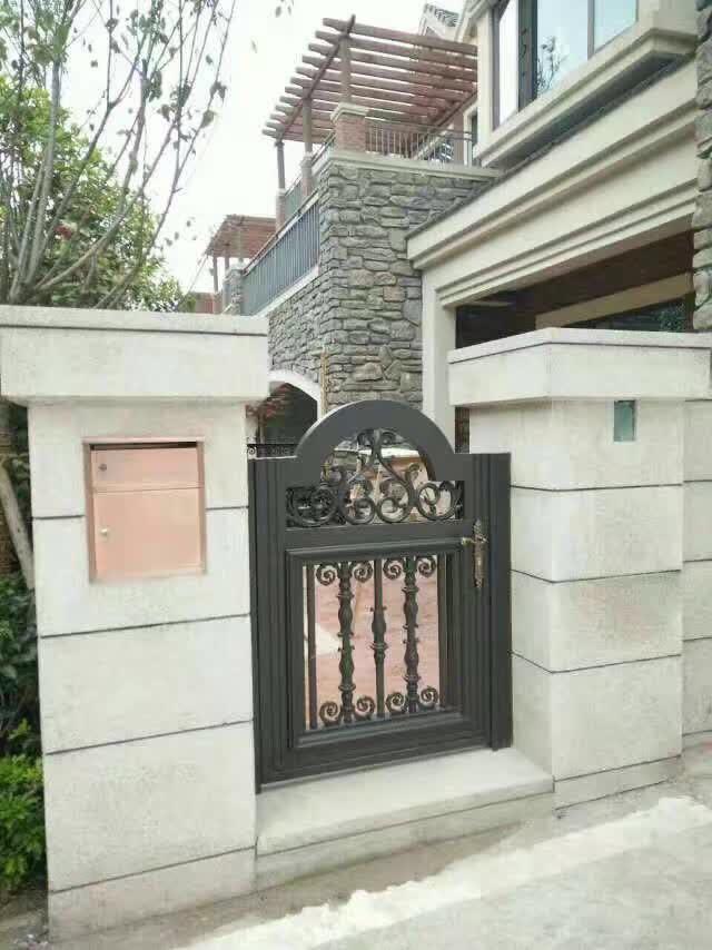 别墅庭院门