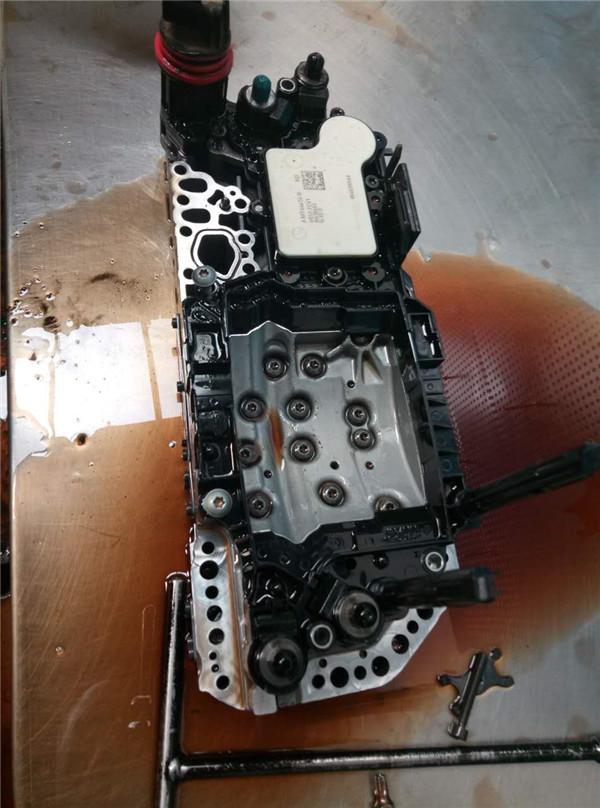 维修波箱电脑板 奔驰b200