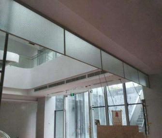 商城玻璃挡烟垂壁