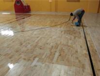 篮球场地板保养