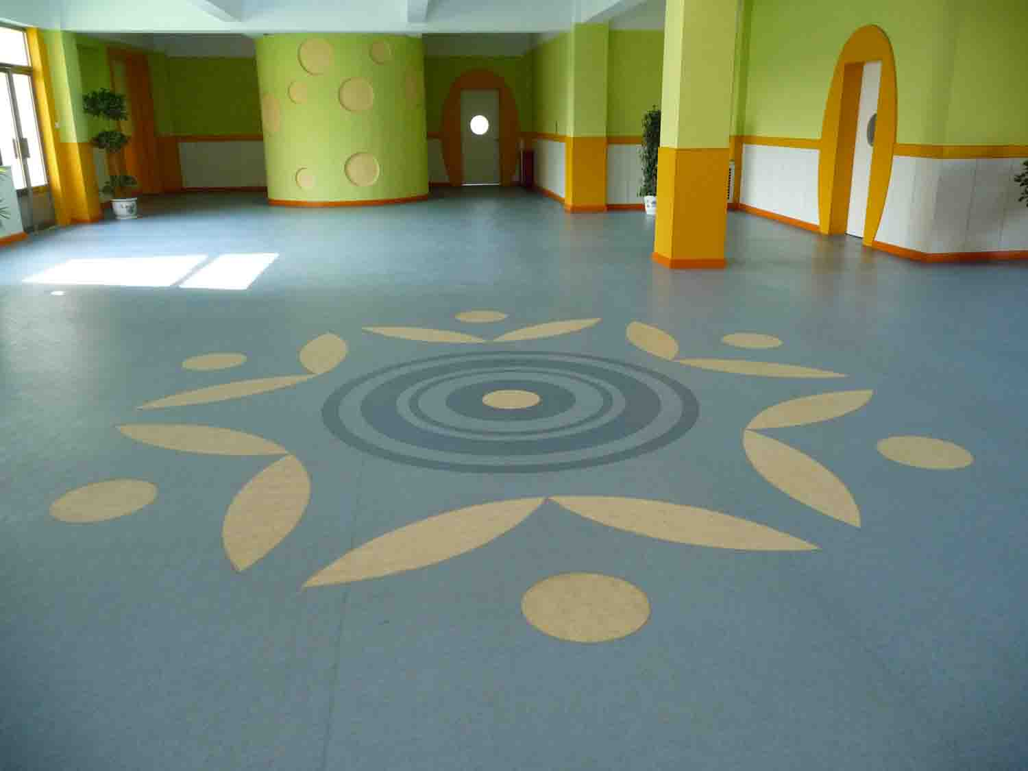 幼儿园地坪施工效果