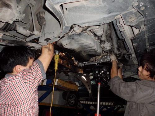 奔驰变速箱维修