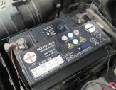 霸州汽车道路搭电救援案例