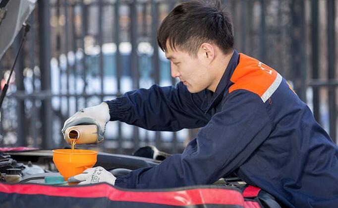 邯郸道路救援解决汽车紧急情况的方法有什么?