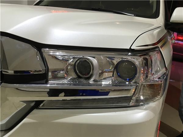 丰田陆地巡航舰改LED透镜案例展示