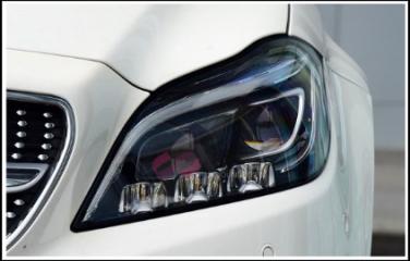 奔驰CLS级多光束矩阵LED大灯