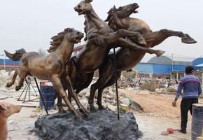 铸铜雕塑作品