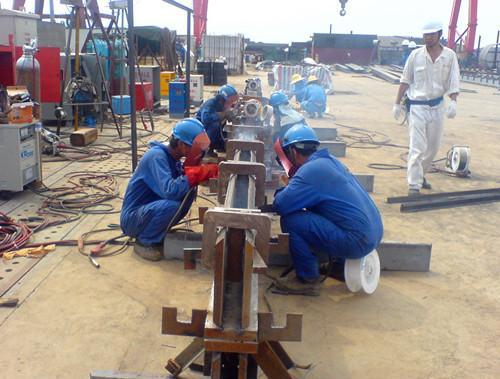 钢结构工程油漆施工工艺(中英文双版)