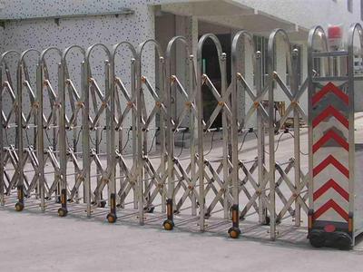 西安伸缩门工程案例