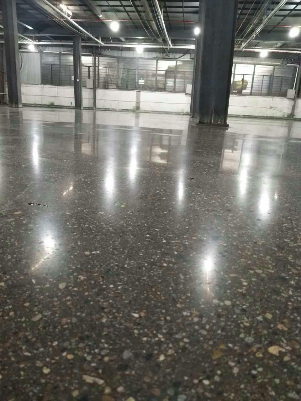 金华某厂房用固化地坪施工