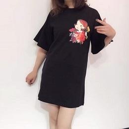 2018夏季新款陆心媛中长款泡泡袖T恤!原标! 完美的走线,独一无二的外贸女装微商货源