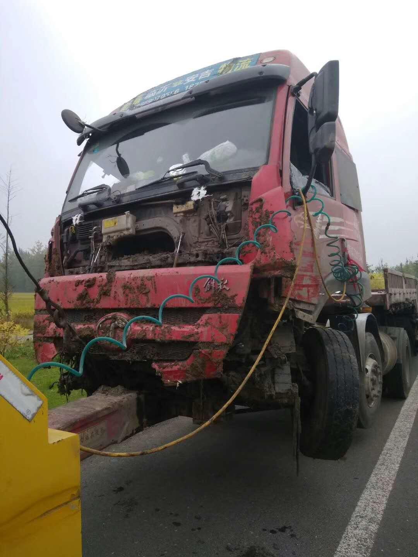 兰州拖车救援:大型汽车救援案例