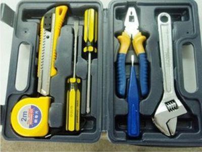 「沂南汽车紧急救援」公司整理车内放哪些紧急小装置最实用?