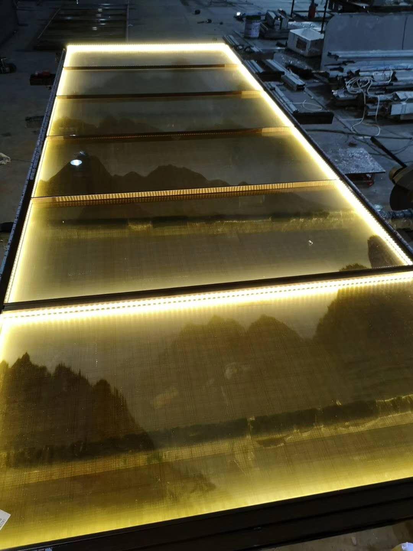 不锈钢屏风厂家-佛山专业不锈钢屏风隔断酒柜门套生产厂家