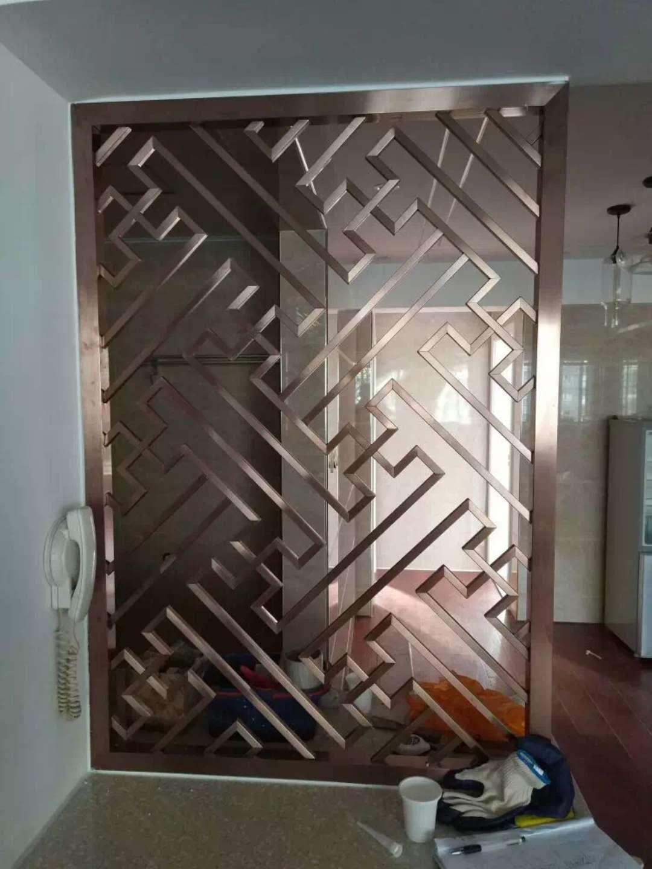 不锈钢屏风-佛山专业不锈钢屏风隔断酒柜门套生产厂家