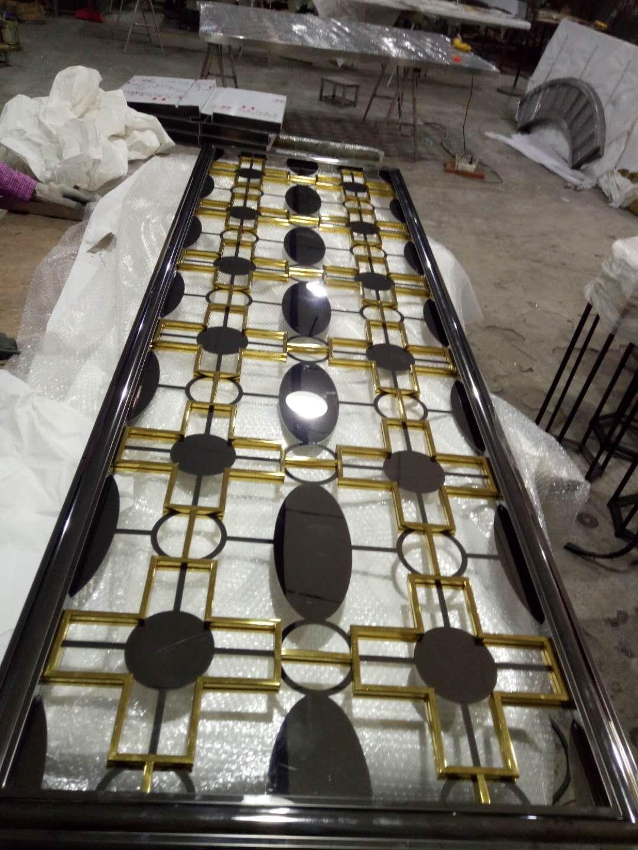 不锈钢屏风生产-佛山专业不锈钢屏风隔断酒柜门套生产厂家