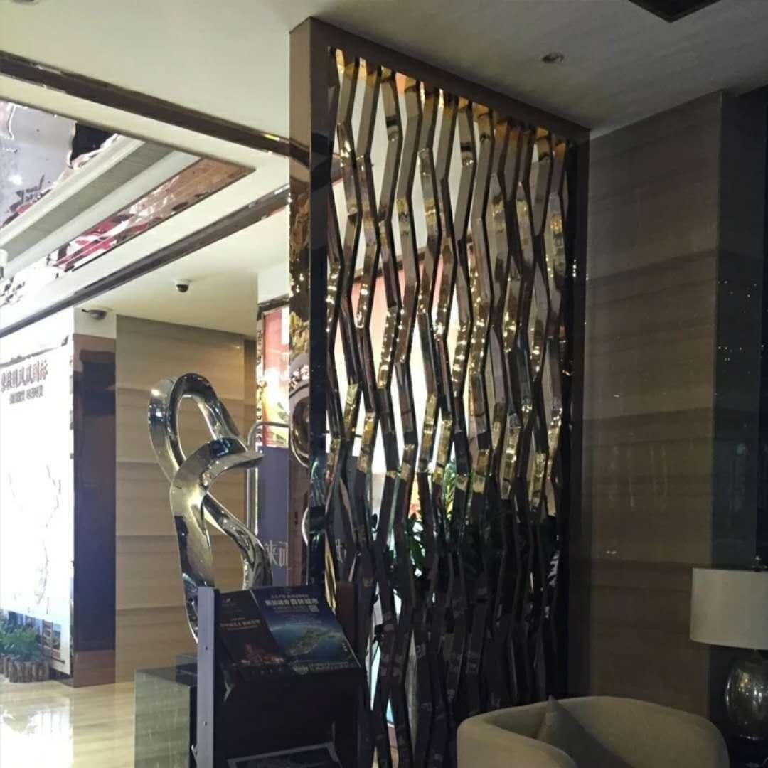 不锈钢屏风厂家电话-佛山专业不锈钢屏风隔断酒柜门套生产厂家