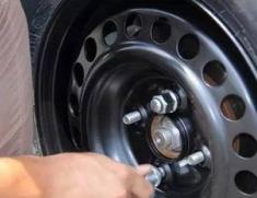 乐陵轮胎更换1
