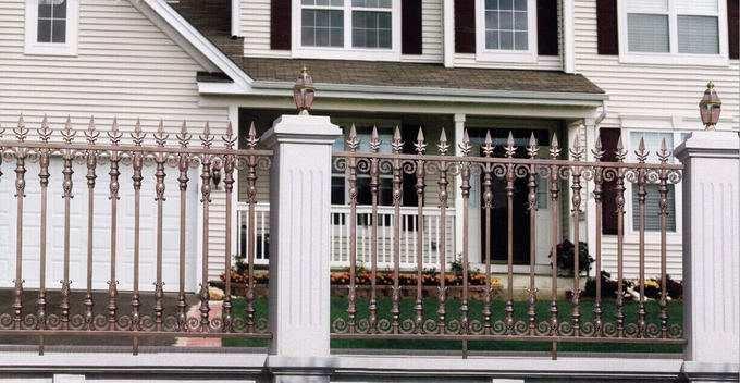 厦门铝艺栏杆和铝艺护栏制作的区别