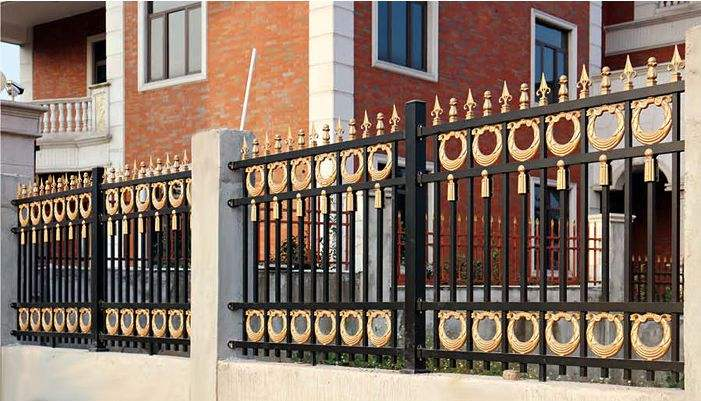 厦门铝艺护栏比钢材更受欢迎的原因