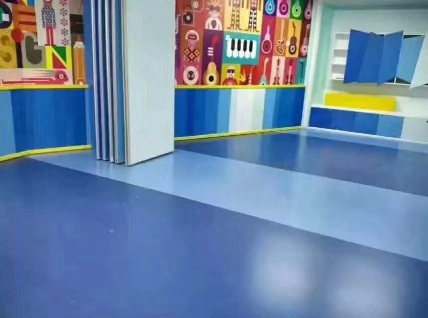舞蹈塑胶地板