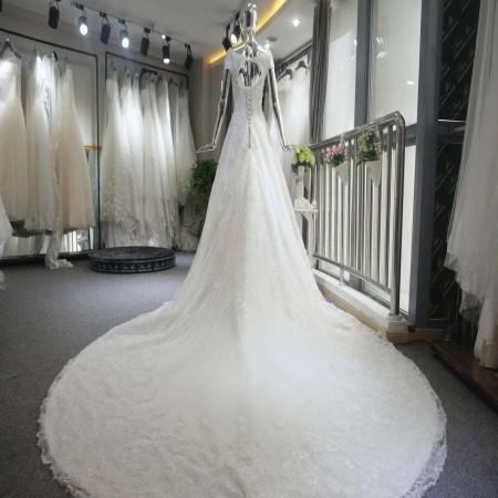余姚婚庆:新娘要准备几套婚礼服才合适?