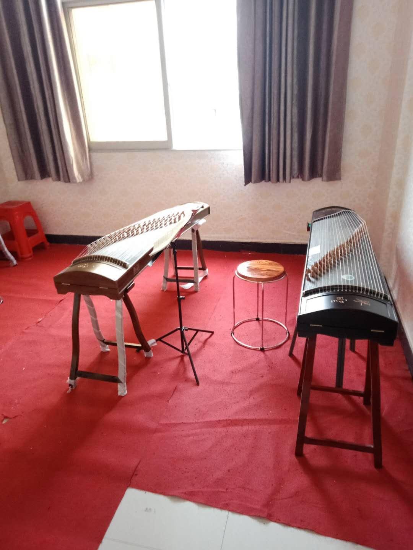 乐器室-古筝