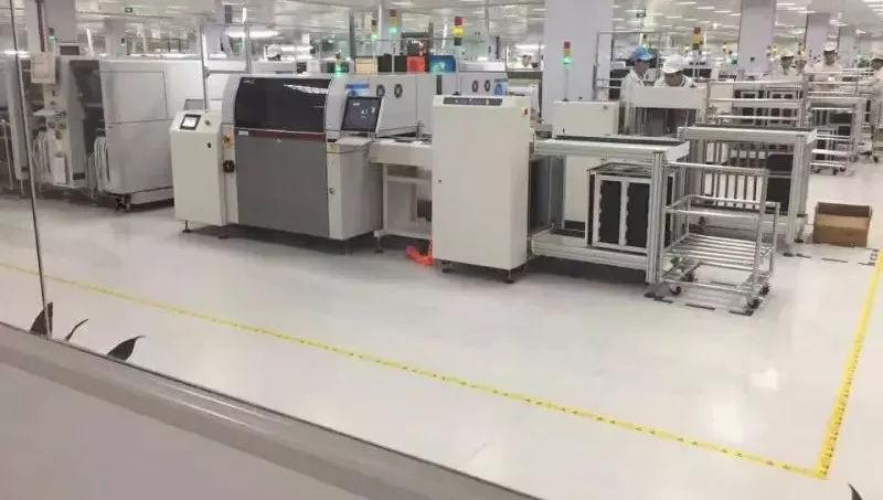 艾琪爾防靜電pvc地板為什么能防靜電呢?