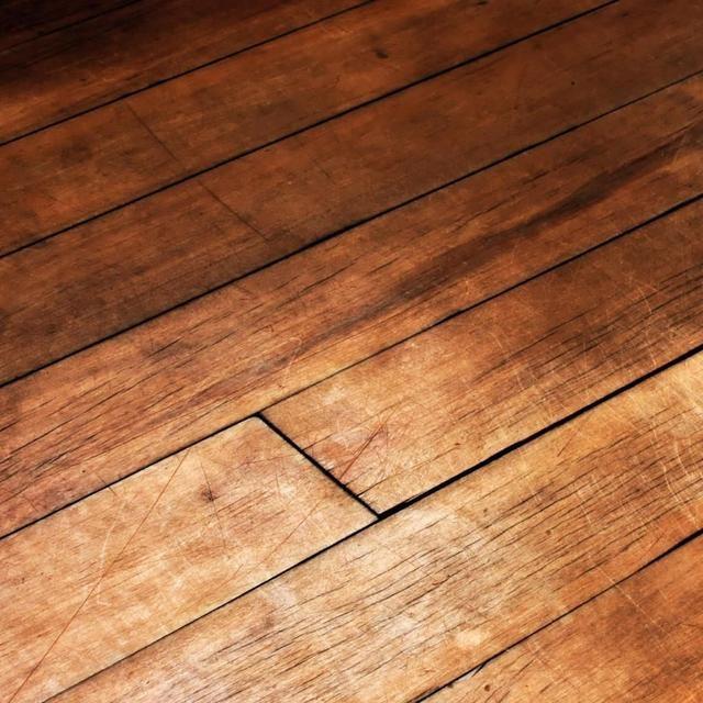 北京木地板翻新及高档地板维修