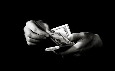 常州讨债公司分析哪种情况下追究老赖刑事责任