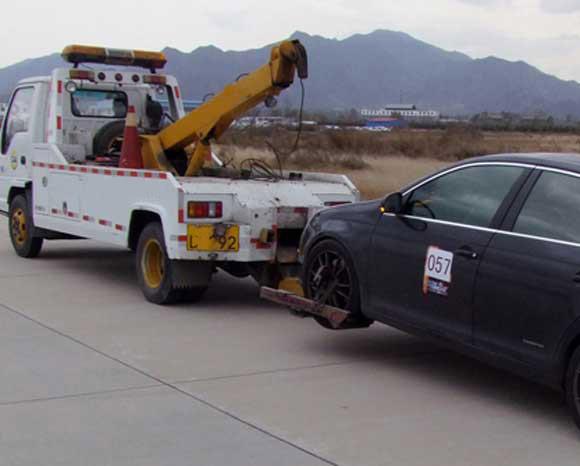车子出故障了!拨打路克汽车救援的时候我们可以做些什么?