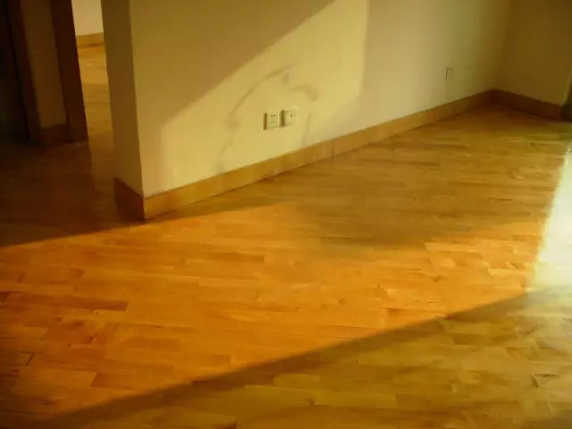 「北京旧木地板翻新」需要什么条件?翻新一次多少钱?