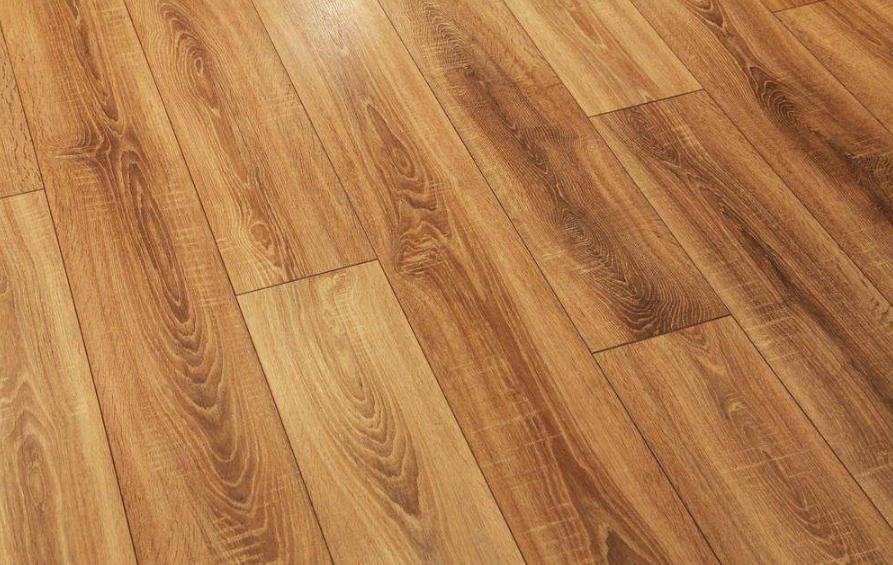 怎样养护木地板才可免受伤害?