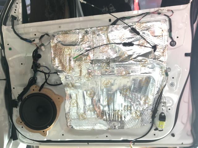 7,德国RS能量200.3安装在门板原位