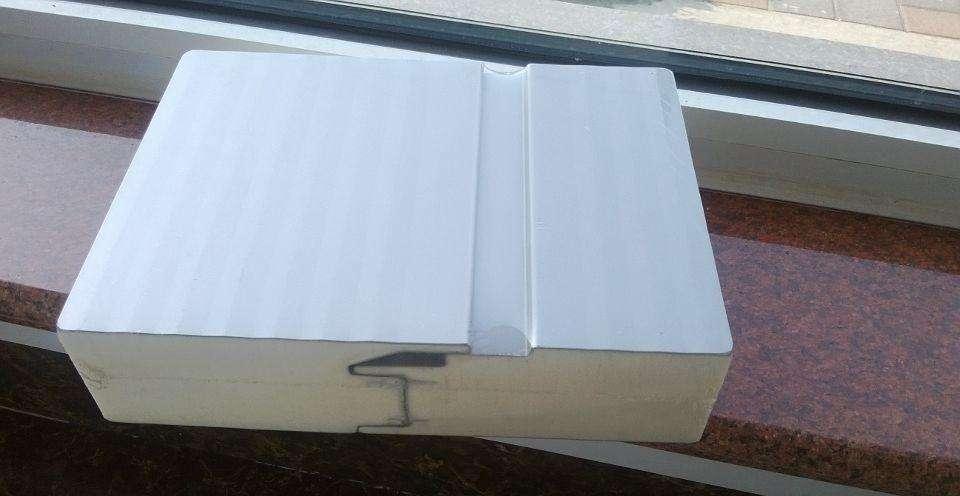 净化车间夹芯板与pp板是一种产品么?优点特性详解