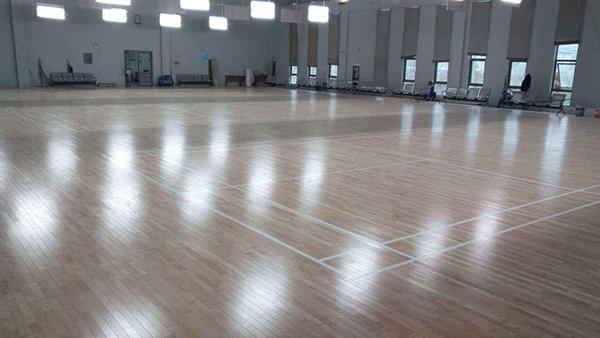「北京运动木地板翻新」条件是什么?