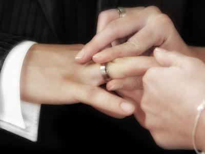 「合肥侦探」再婚如何归避夫妻债务
