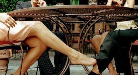 天津市私家侦探女方婚内出轨如何取证