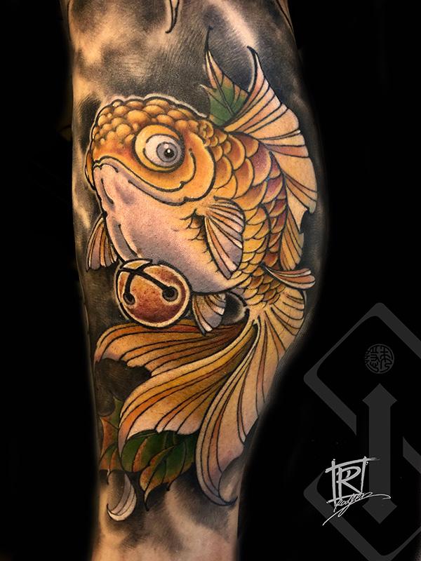 金鱼纹身-金鱼纹身图案_纹身金鱼图片