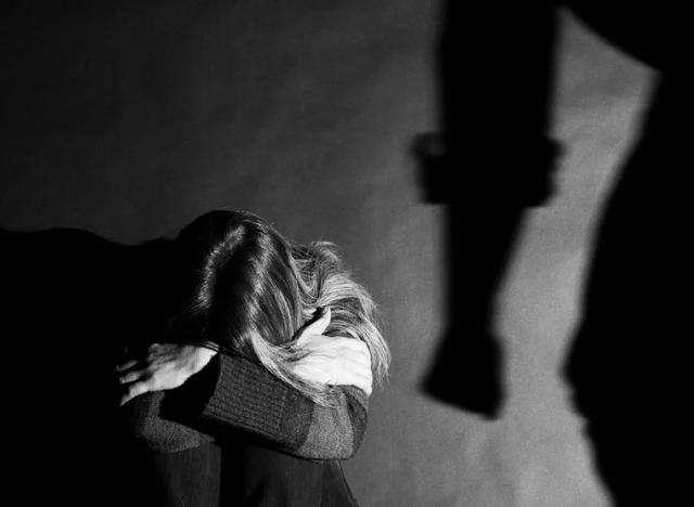天津侦探社家庭暴力怎么保护自己?