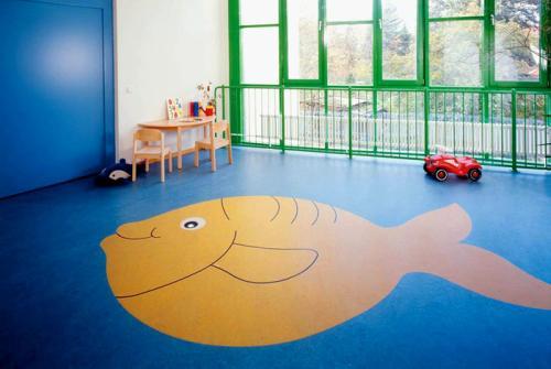 幼儿园塑胶地板如何选?-塑胶地板知识