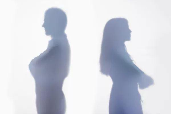 妻子该不该原谅出轨的老公-深圳侦探社分享